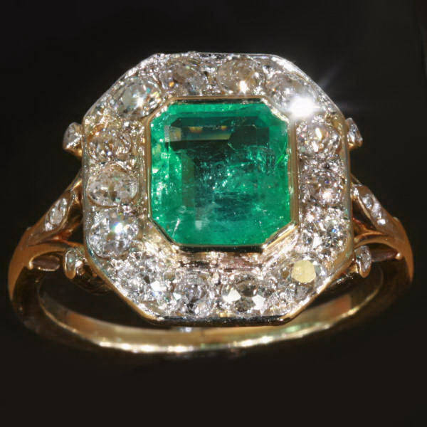 Why Should a Fashionista be Adorned with an Emerald Ring