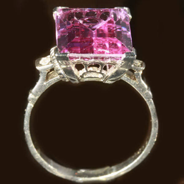 Estate ring with color changing verneuil alexandrite in for What is platinum jewelry made of