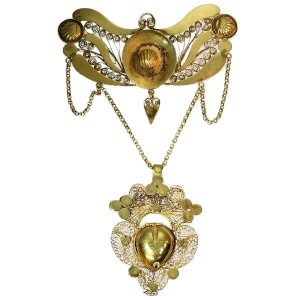 Georgian antique gold filigree breast jewel pendant with heart locket