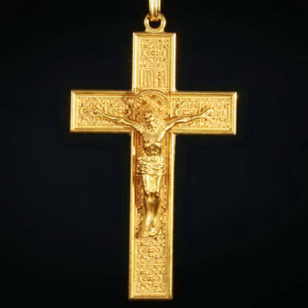 Victorian cross, beautiful elaborated neo Etruscan gold crucifix from Italy (image 2 of 7)
