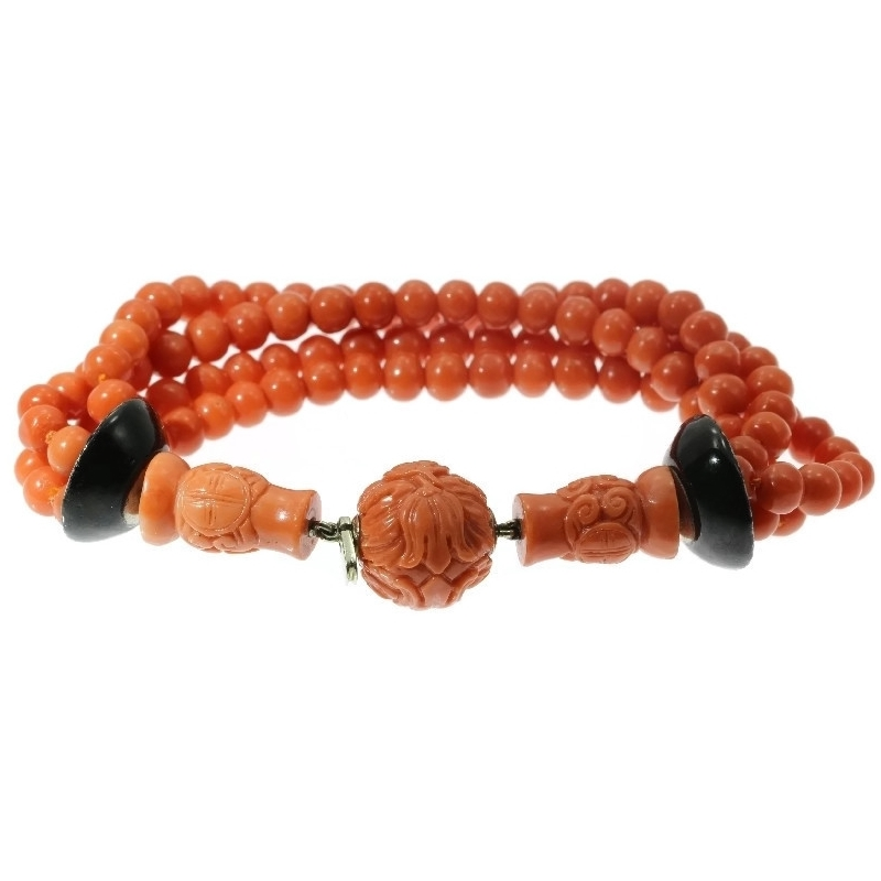 Art Deco enameled coral beaded bracelet, 4 strands