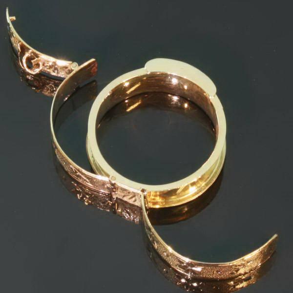 gold belt ring with space afbeeldingen