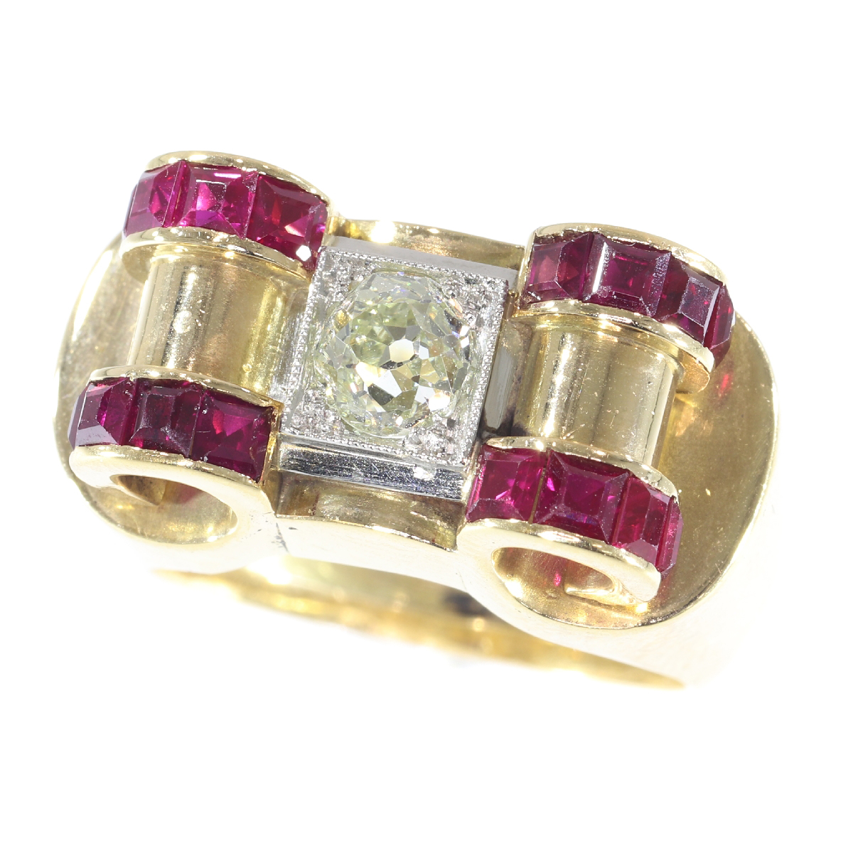Impressive Retro ring with big old brilliant cut diamond and carre rubies