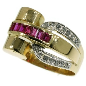 Typical Retro ring, cocktail ring, forties ring, rubies and diamonds