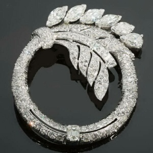 Truly magnificent Art Deco platinum diamond ring brooch