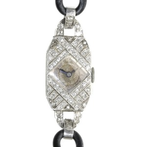 Decorative platinum diamond Art Deco ladies watch