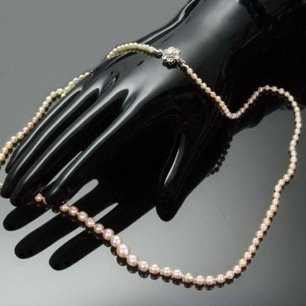 What to Look for when Identifying Antique Jewelry - Yahoo! Voices