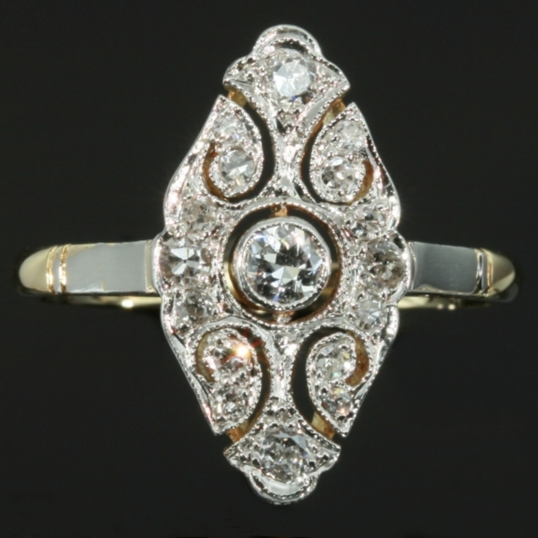 Belle Epoque diamond gold engagement ring