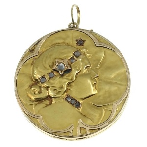 Art Nouveau lucky locket with rose cut diamonds