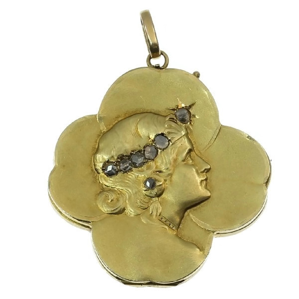 Gold Art Nouveau pendant lucky clover with womans head set with rose cut diamond