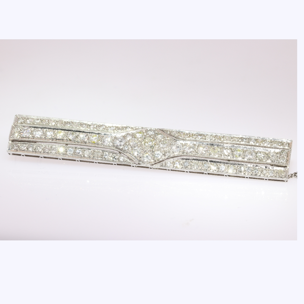 Platinum Art Deco diamond bar brooch