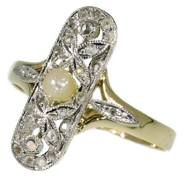 Belle Epoque ring with rose cut diamonds and pearl