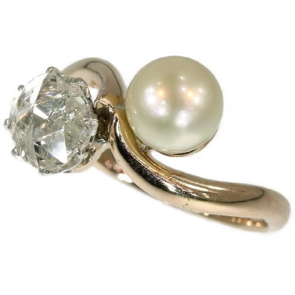 Late Victorian toi et moi antique ring with big rose cut diamond and pearl