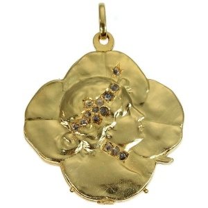 Art Nouveau gold pendant lucky clover with womans head set with rose cut diamond