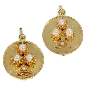 Antique gold earrings Victorian