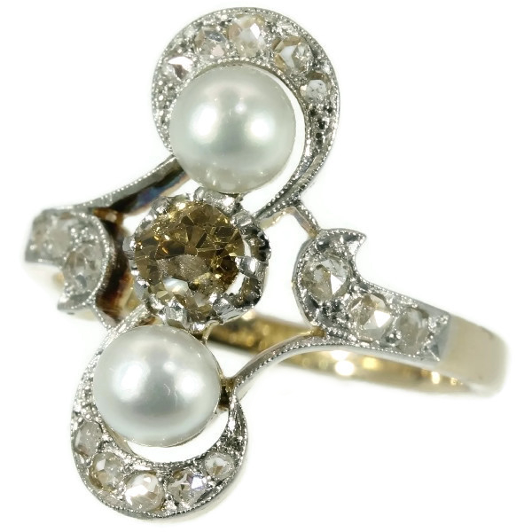 Victorian antique ring with fancy Cognac color diamond and pearls French