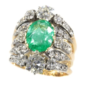 Victorian antique ring with diamonds and emerald