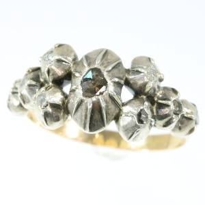 Antique Victorian ring with rose cut diamonds