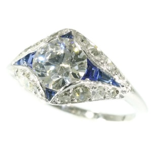 Stunning platinum Art Deco engagement ring with top brilliant and sapphires