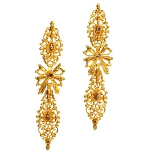 Antique Portuguese long pendent earrings with rose cut diamonds high carat gold