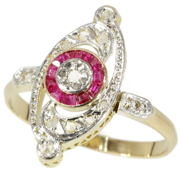 Charming Belle Epoque Art Deco ring with diamonds and rubies