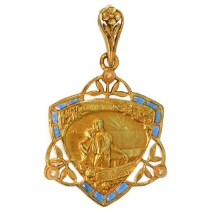 Sh display high resolution period art nouveau pendants for Art nouveau fenetre