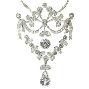 Gorgeous Belle Epoque diamond guirlande pendant