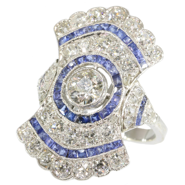 Radiating diamond and sapphire Art Deco ring