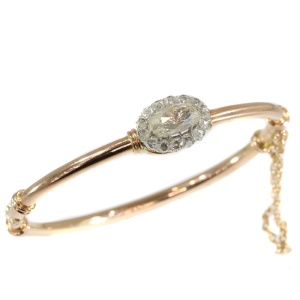 Elegant antique Victorian rose cut diamond bangle red gold