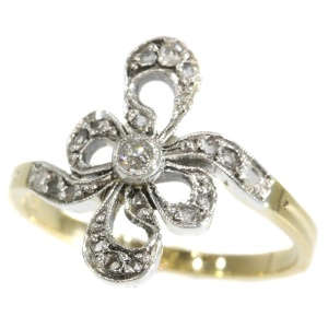 Antique Belle Epoque ring with diamonds