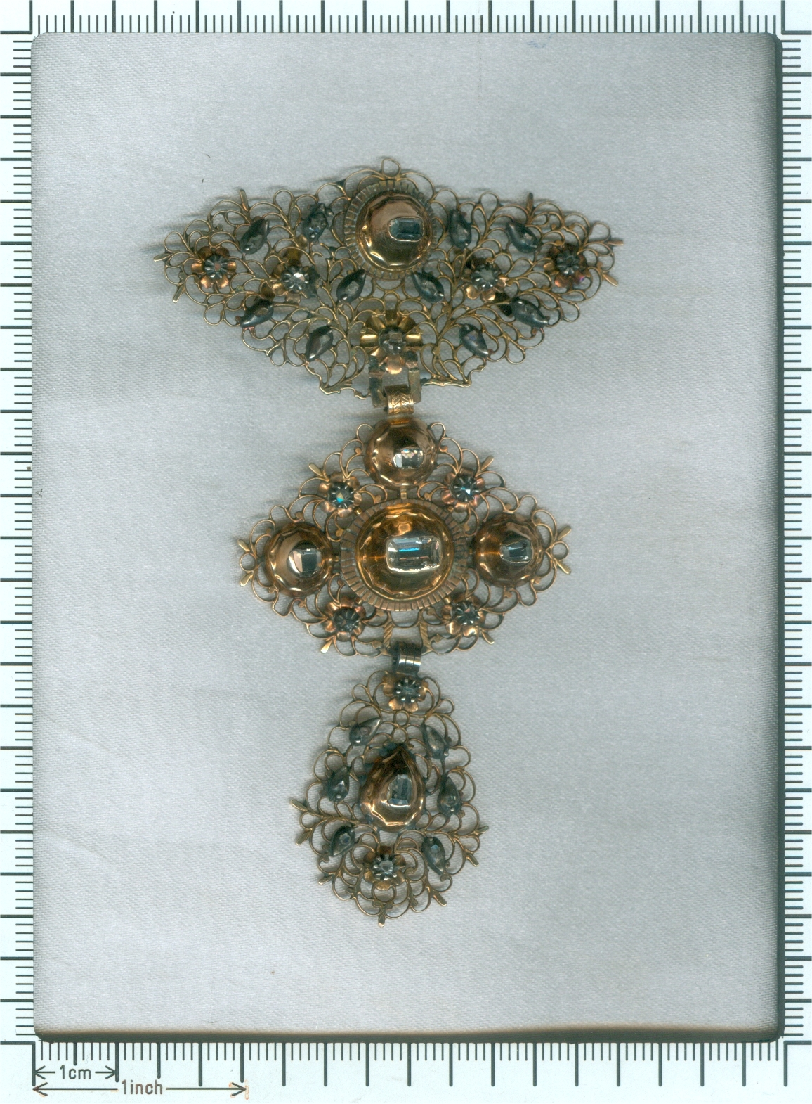 18th Century filigree gold cross pendant called A la Jeanette table cut diamonds