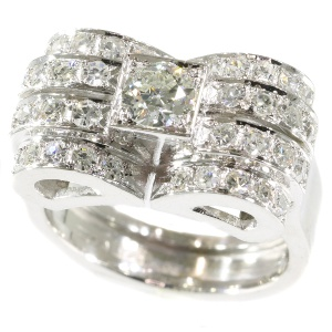 Robust platinum and diamond Art Deco design Retro ring from the fifties