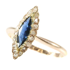 Victorian navette ring with Sapphire and Diamonds anno 1900