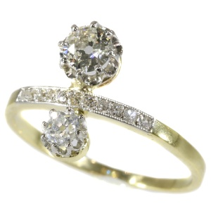 Belle Epoque diamond engagement ring