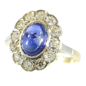 Vintage little Princess Di ring with diamonds and cabochon natural sapphire