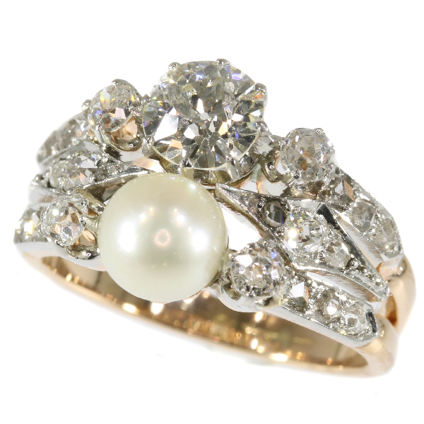 Stunning Victorian antique ring with diamonds and pearl great as engagement ring