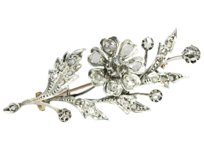 Feminine Antique Victorian Flower Brooch with rose cut diamonds - anno 1870