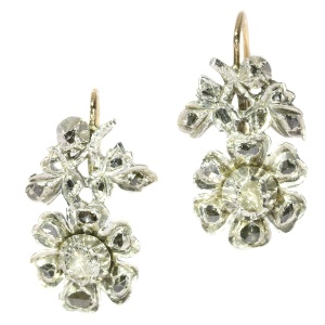 Antique Flemish earrings set with rose cut diamonds