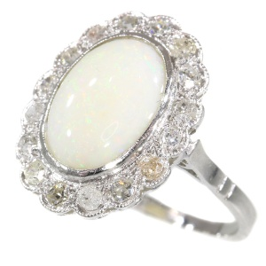Vintage Fifties ring with diamonds and opal