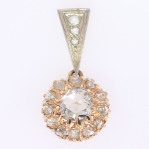 Shiny Victorian diamond cluster pendant in gold crown setting (ca. 1880)