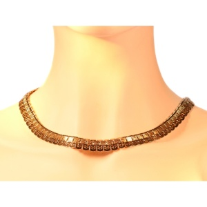 Most elegant Art Deco Interbellum pink gold necklace
