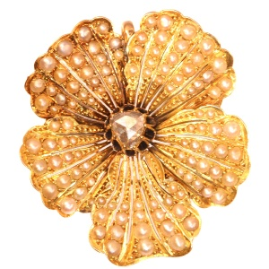 Antique gold pansy pendant and brooch symbol of love and remembrance.