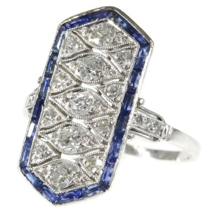 Stylish Art Deco diamond and sapphire platinum engagement ring