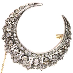 Antique Victorian gold backed silver crescent moon brooch (ca. 1890)