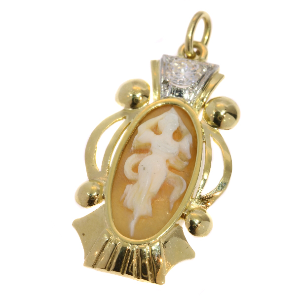Retro gold and diamond carved shell cameo dancing woman pendant (ca. 1950)