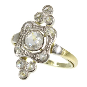 Bicolour gold diamond ring (ca. 1930)