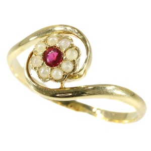 Antique Victorian flower shaped tourbillion ring (ca. 1890)