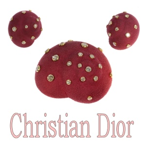 Iconical Sixties Christian Dior suede covered brooch earrings 6.74 crt diamonds