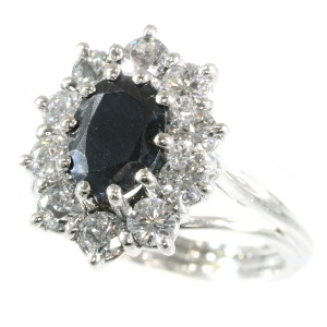 Vintage platinum high quality diamond and sapphire ring