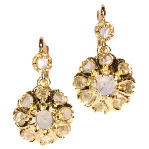 Antique gold flower shaped diamond earrings (ca. 1910)